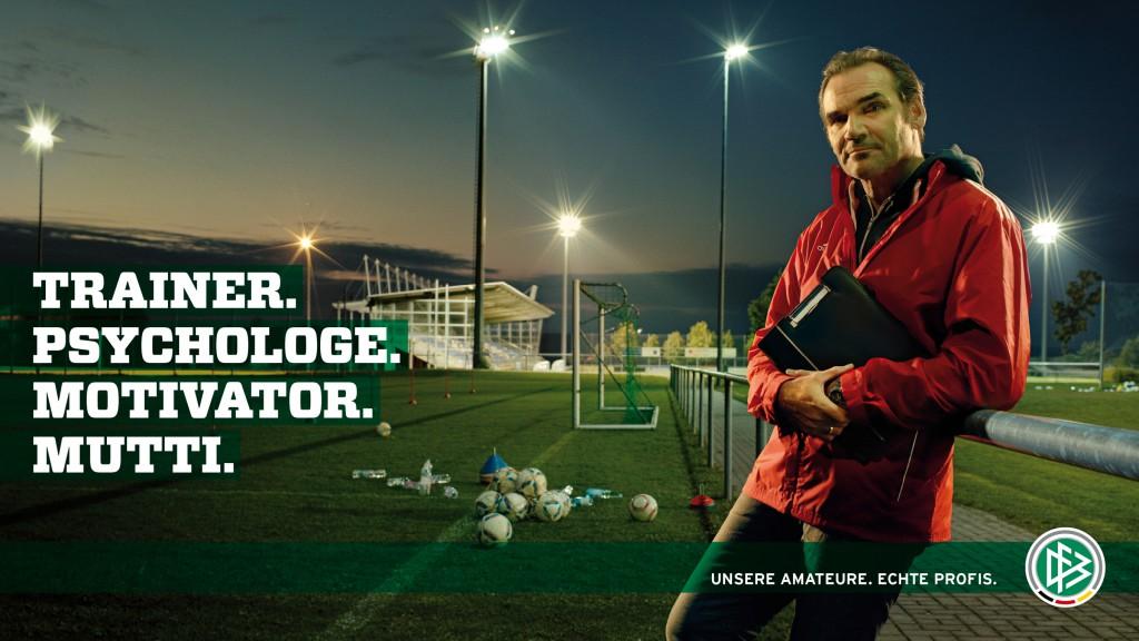 23166-DFB_Amateure_Trainer1